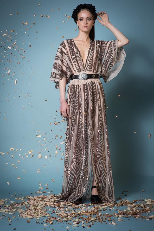 d4d7dce9372f Αν το σώμα σας διαθέτει όμορφες πλούσιες καμπύλες και γεμάτη σιλουέτα, δεν  σημαίνει πως δεν μπορείτε να κάνετε ένα εντυπωσιακό ντύσιμο για γάμο ή  βάπτιση.